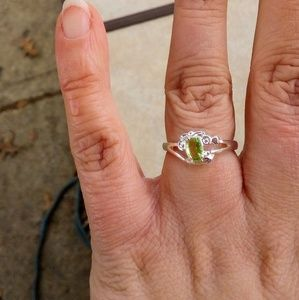 Jewelry - NEW Sterling Silver CZ Ring - Size: (8)